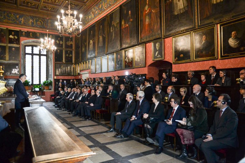 Viktor Orbán w Krakowie ANGOS Biuro Tłumaczeń