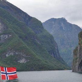 Norwegia – tłumaczenia zwykłe i przysięgłe na język norweski i z języka norweskiego – ANGOS Kraków