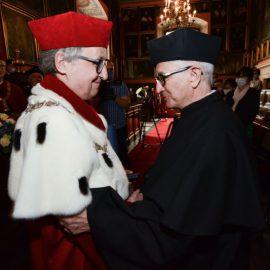 Tłumaczenie symultaniczne w j. francuskim – srebrny medal Plus ratio quam vis dla francuskiego konsula generalnego – ANGOS